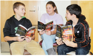 HAMS Students Meet Author